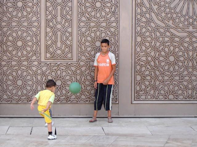 Twarz nr 2 – Arabsko - turystyczna