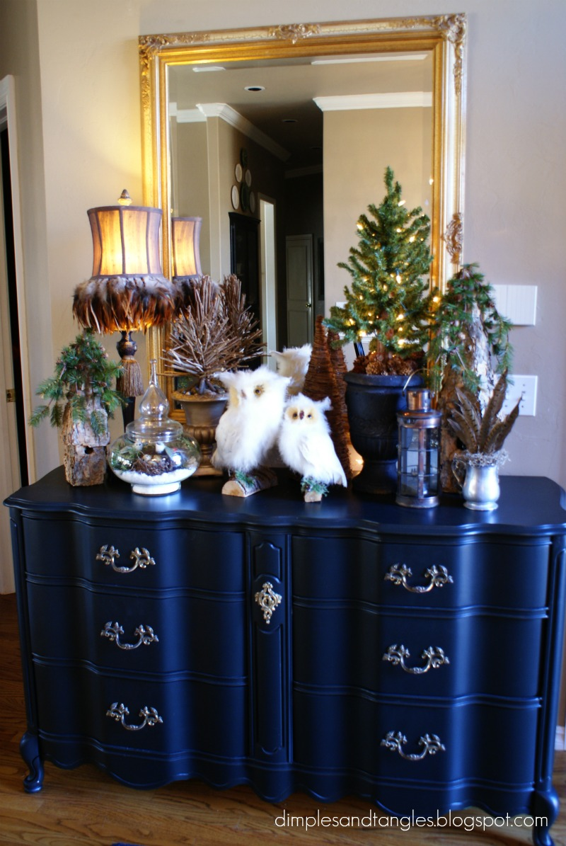 Dimples and Tangles Winter Entry and Dining Room Table Decor