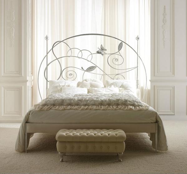 Rustik chateaux dormitorio muy chic con camas de hierro antiguas y modernas - Camas de hierro antiguas ...
