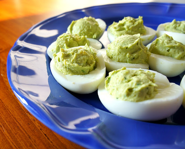 Easiest Hard Boiled Eggs Ever! Use this trick for Easter this year!