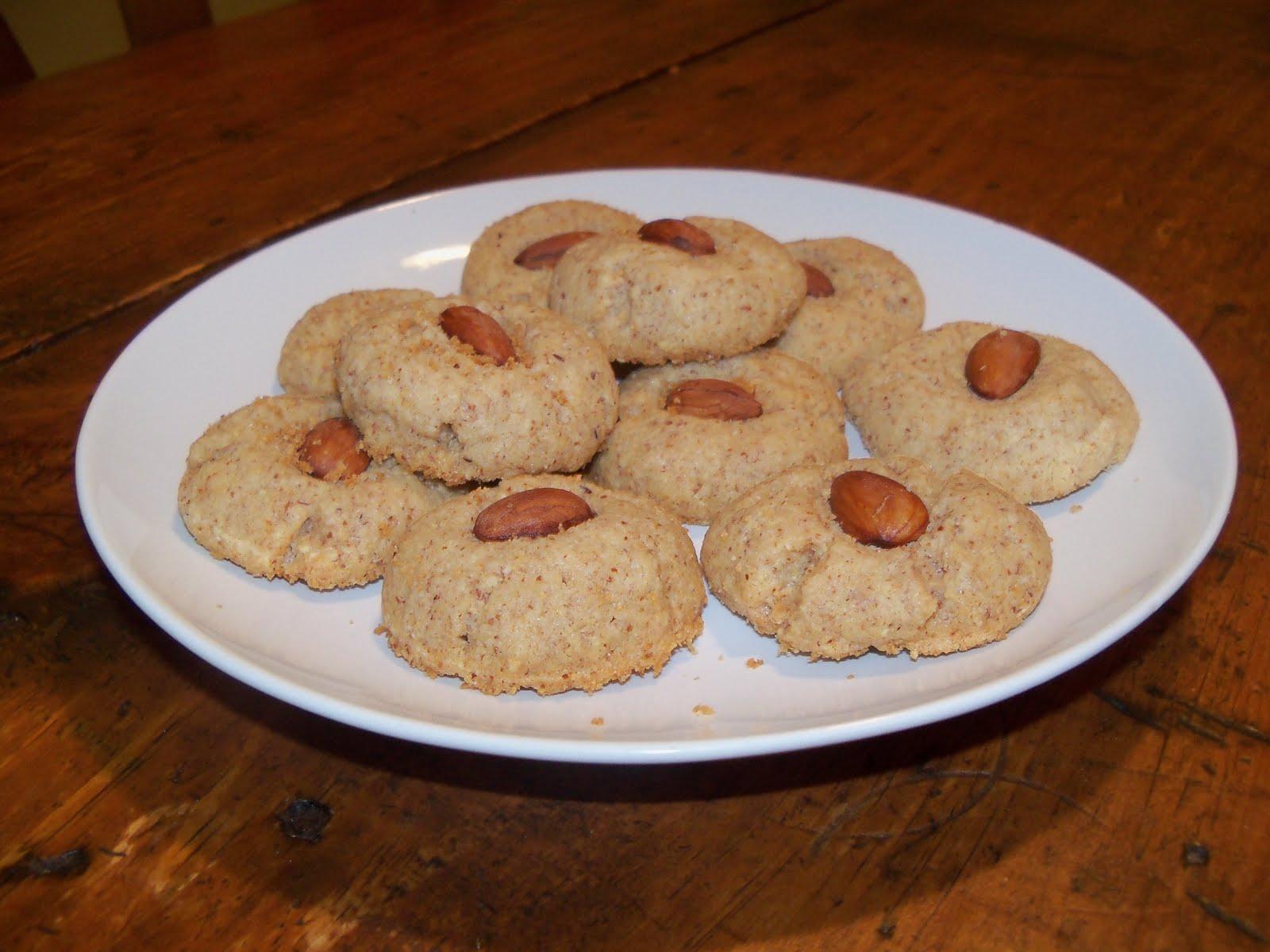 Tri-Nutrition: Recipe: Almond Cookies