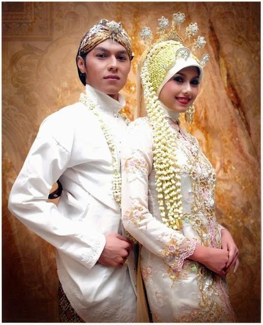 model baju pengantin