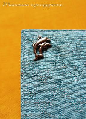 Дельфины-подвеска