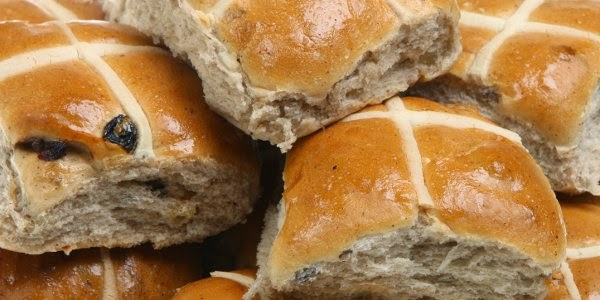 Tortoise Feathers: Hot Cross Buns
