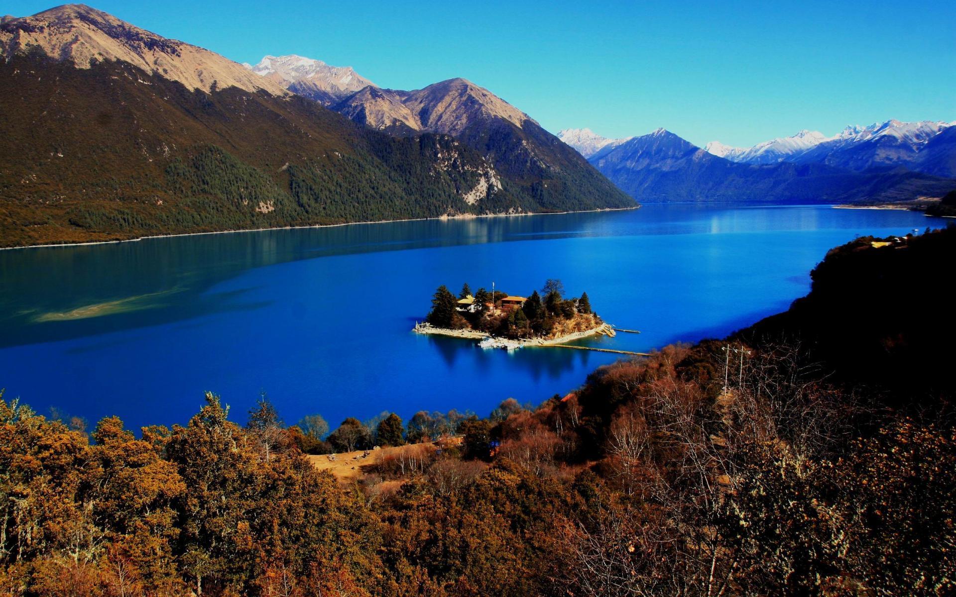 http://4.bp.blogspot.com/-6F62X_bQ6mY/UEddLOBO8FI/AAAAAAAAE3g/ja42A7OhqiY/s1920/china-Tibet-travel-1200.jpg