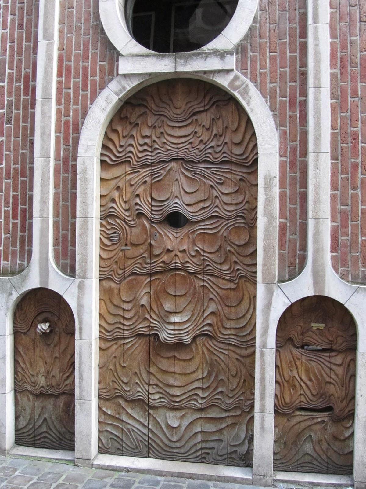 neo-Jugenstil style door