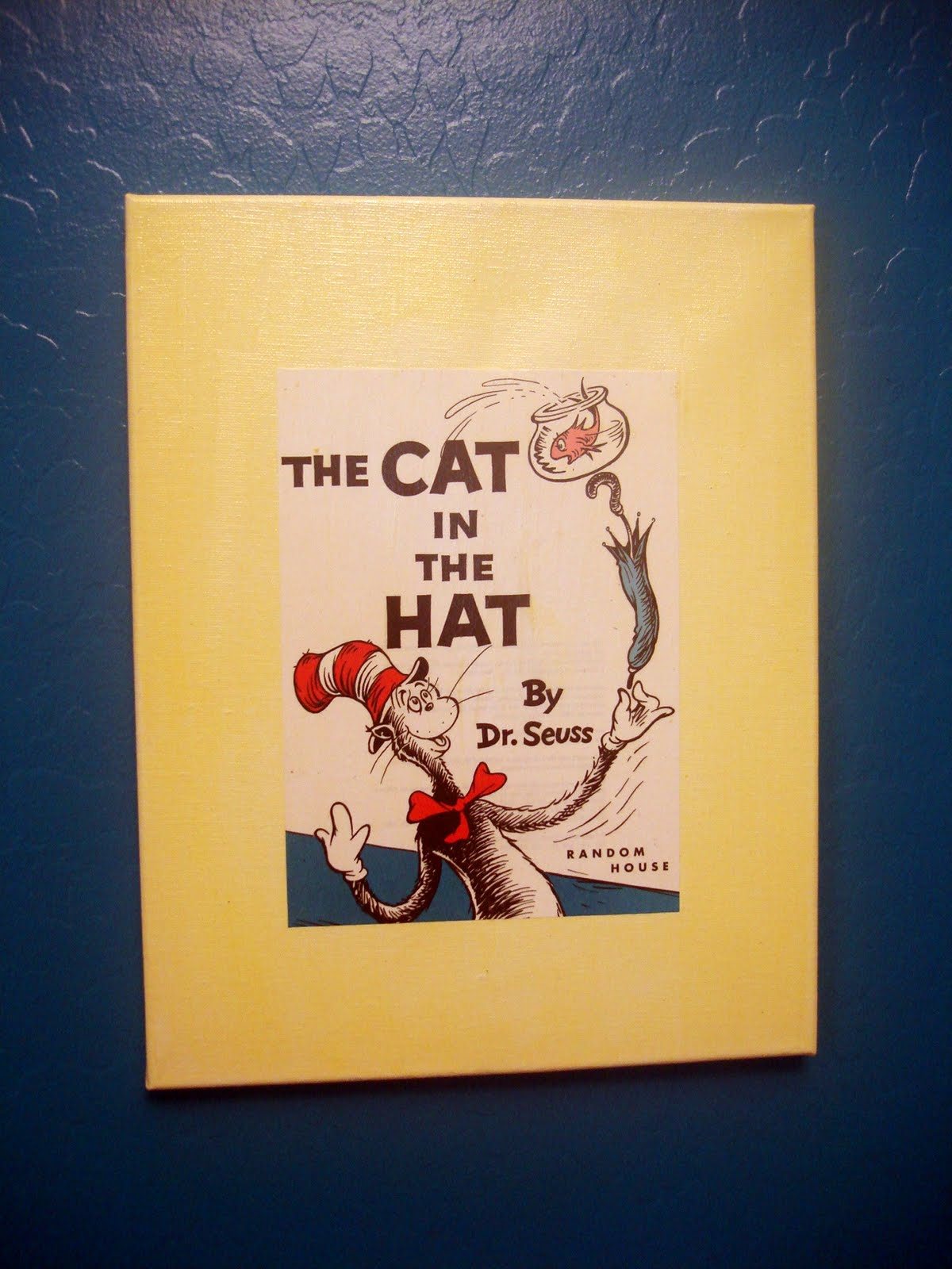 A Couple of Craft Addicts: FRIDAY FUN FIND - Cat in the Hat Bunting ...