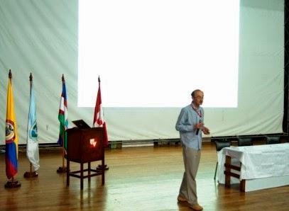 PhD. Nicholas Tibor Longford Profesor Universidad Pompeu Fabra, España;