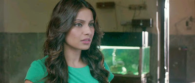 Screen Shot Of Hindi Movie Aatma (2013) Download And Watch Online Free at Funmazanew.com