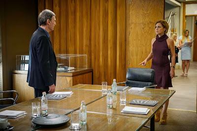 Tensão entre Otávio ( Herson Capri ) e Inês ( Adriana Esteves ). Crédito: Globo/Alex Carvalho