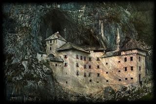 Kastil Predjama