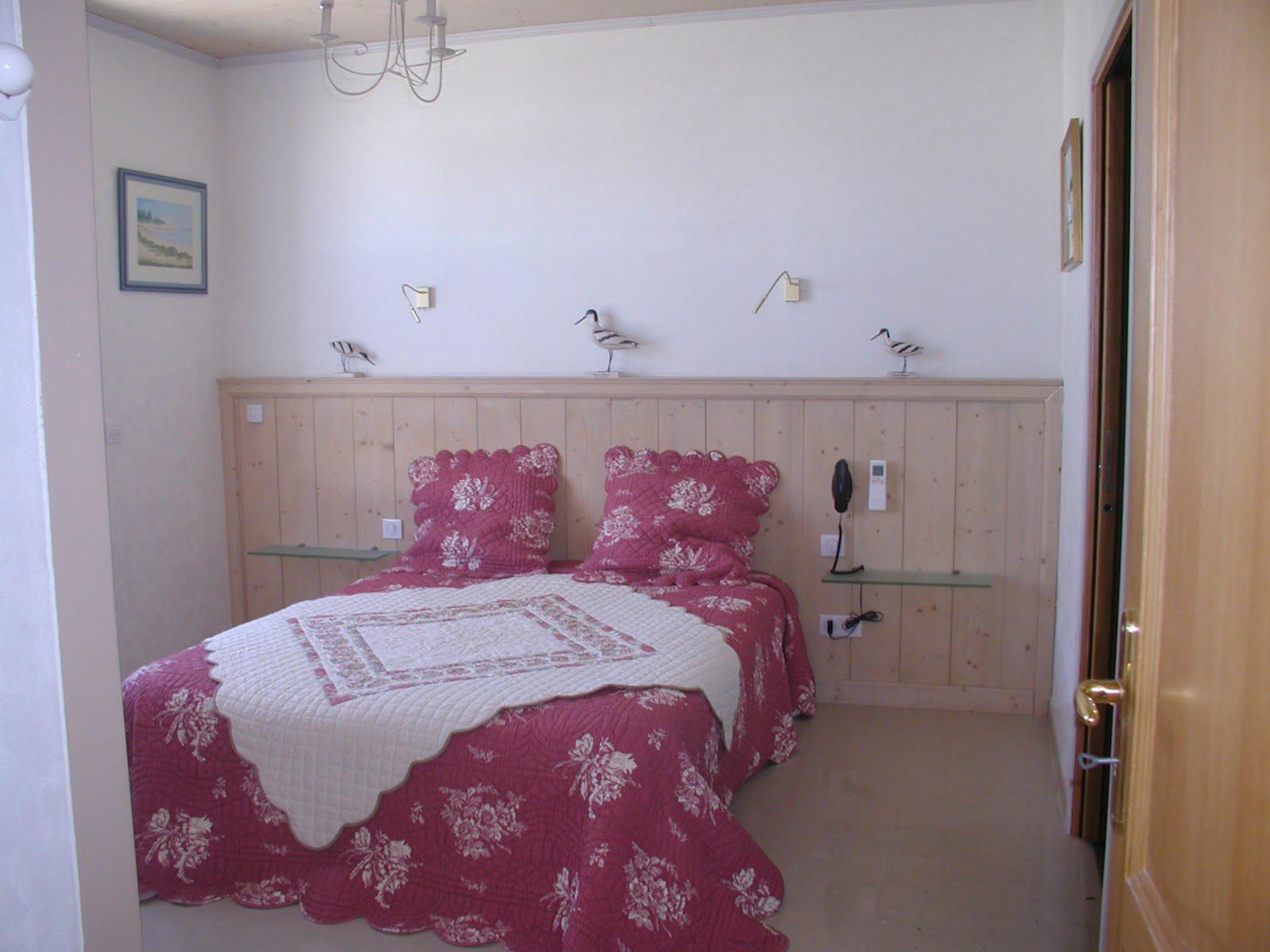 maison a echanger top le salon offre habitat permet duchanger avec des pour concrtiser son. Black Bedroom Furniture Sets. Home Design Ideas