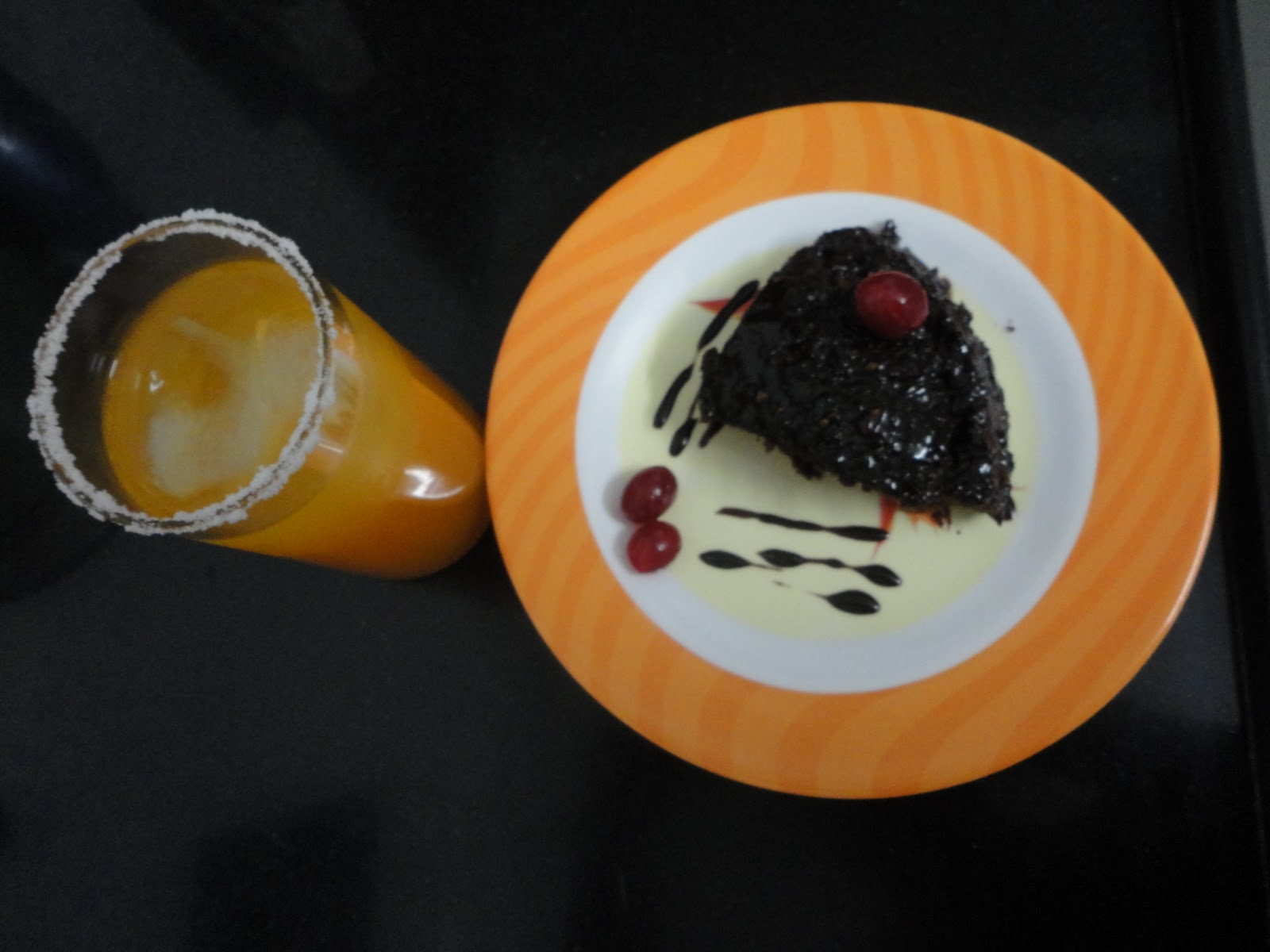 Cake Decoration With Chocolate Syrup : And my life goes on...: Chocolate cake with Hot chocolate ...