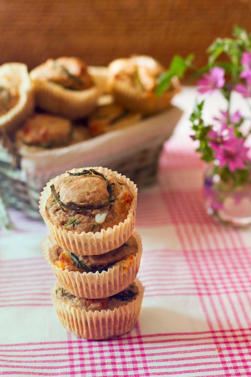 muffin di farro con pecorino toscano e asparagi selvatici