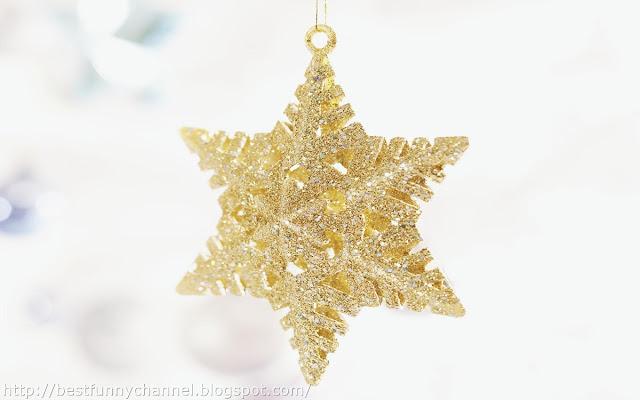 Gold  Christmas star.