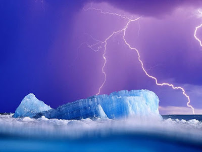 Cloud-to-sea Lightning