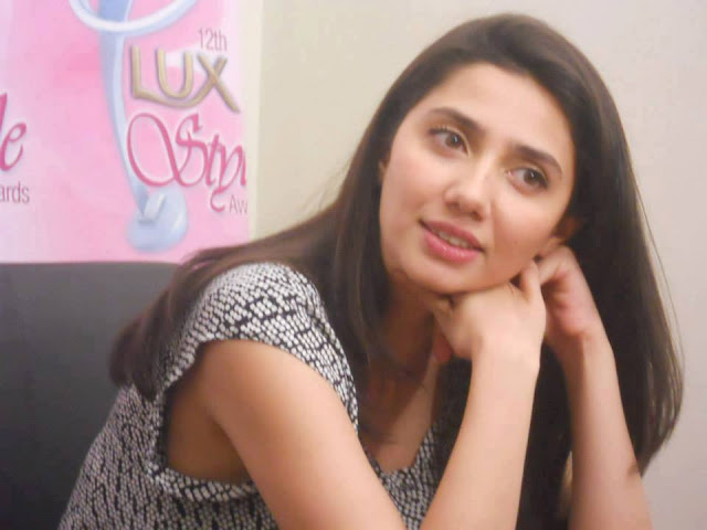 Mahira Khan Latest Look 2013