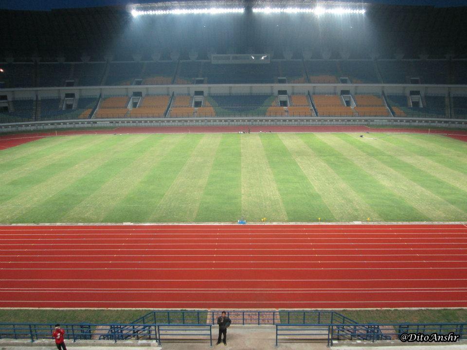 Foto- Foto Stadion Gelora Bandung Lautan Api