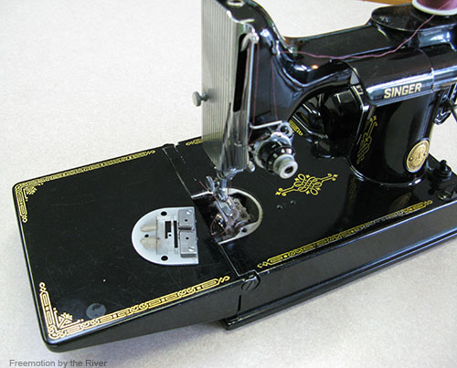Cleaning my 221 Featherweight sewing machine