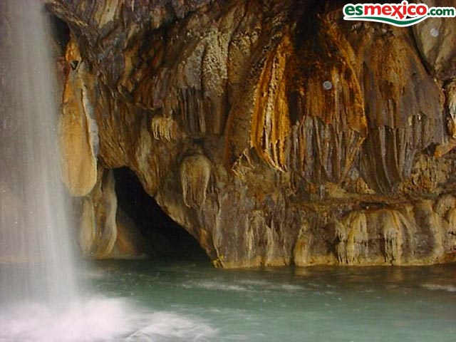 grutas fiesta: