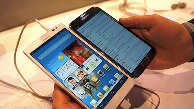 Huawei Ascend Mate with Samsung Galaxy Note