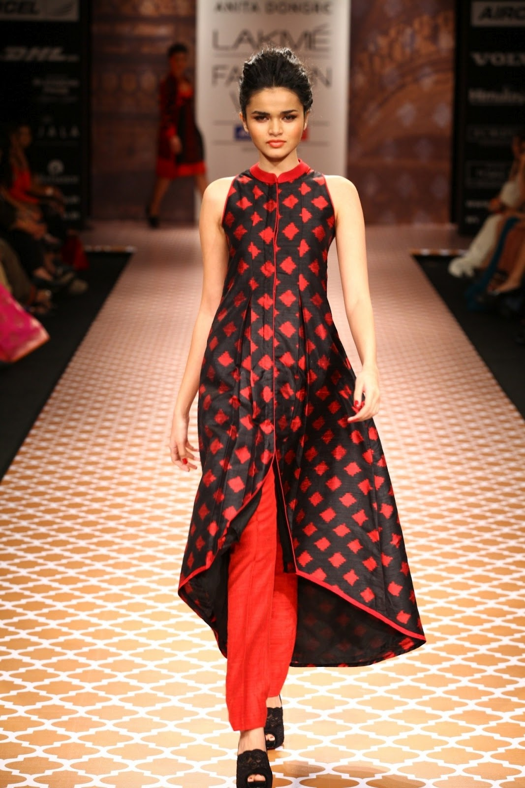 Baronial feminite anita dongre ended day three at lakm Contemporary fashion designers