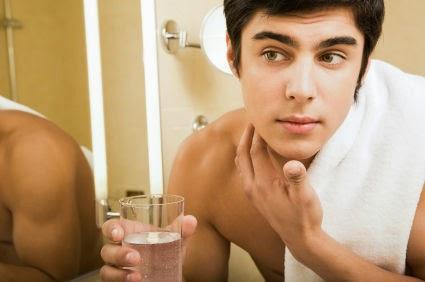 Tips Perawatan Kulit Berminyak Bagi Pria