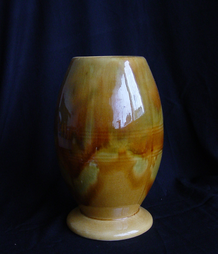 New Zealand Pottery And Crown Lynn With Valerie Trickle Glaze