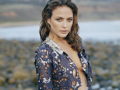 Josie Maran HD Wallpaper