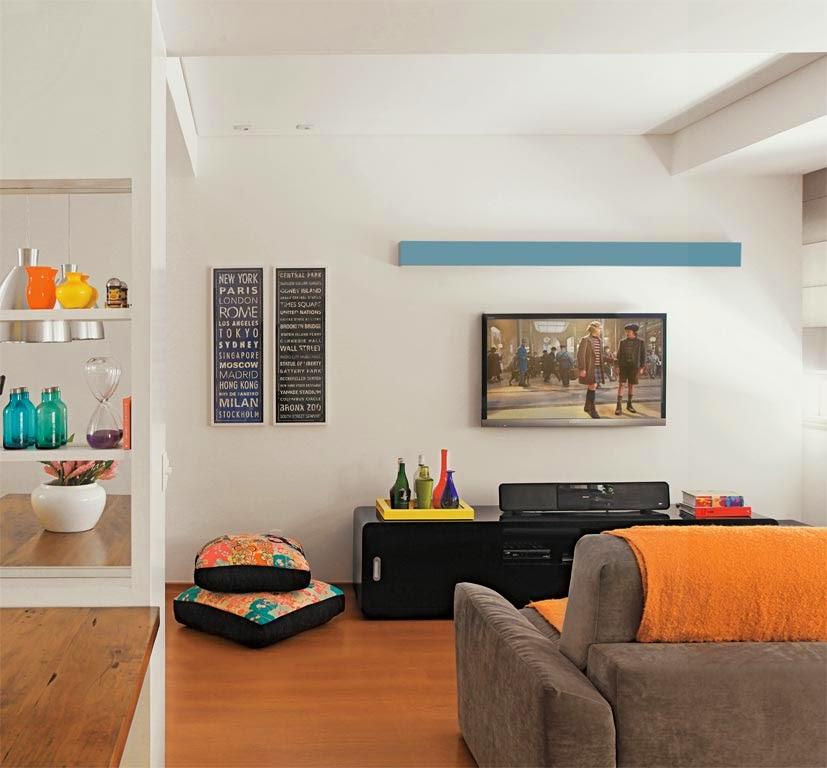 posição da TV na sala - TV fixada na parede - Revista Casa Abril