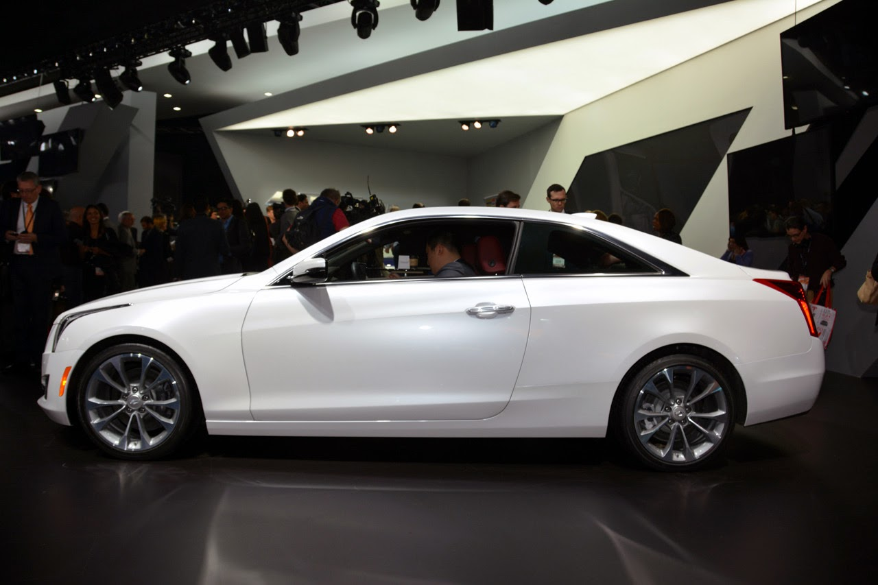 reviews autoweek coupe drive first atscoupe article side car cadillac ats