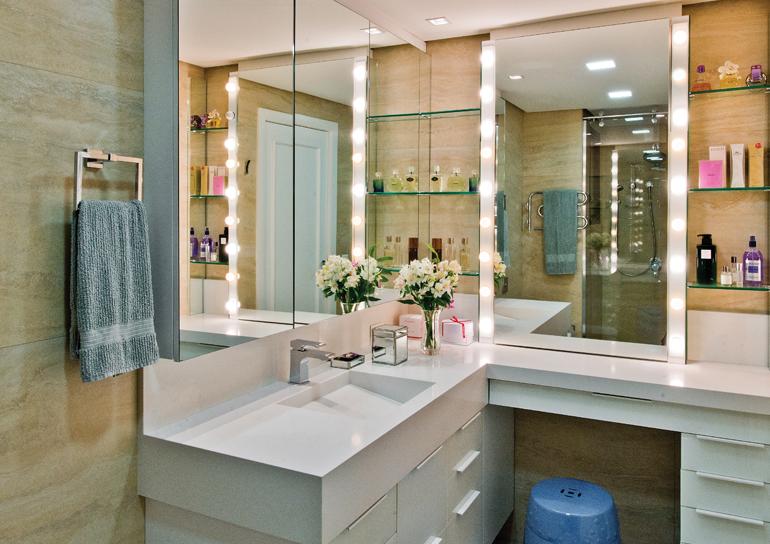 25 Banheiros com bancadas de maquiagem  veja modelos lindos e modernos!  De -> Banheiro Planejado Em L