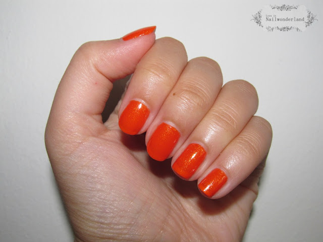 Avon Glow Nail Polish Flaming Orange