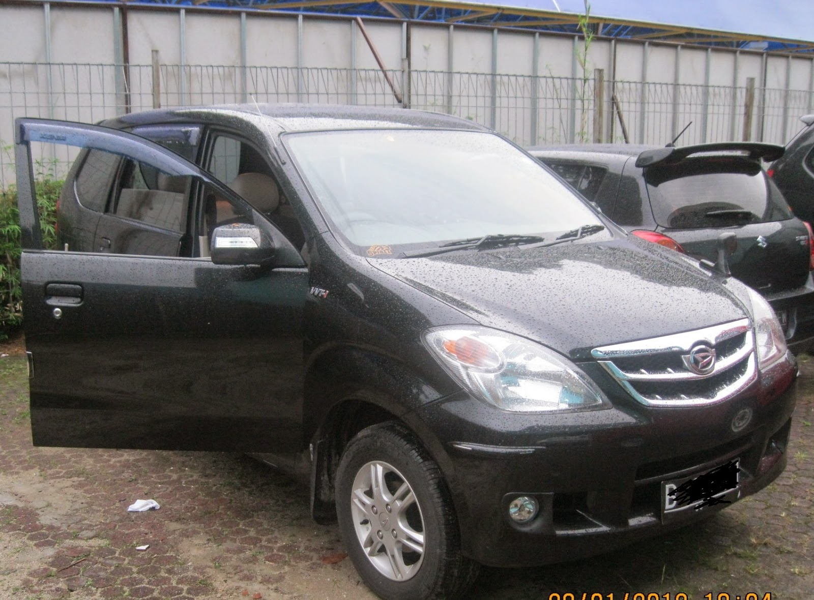Daihatsu Xenia 1.300 xi Plus
