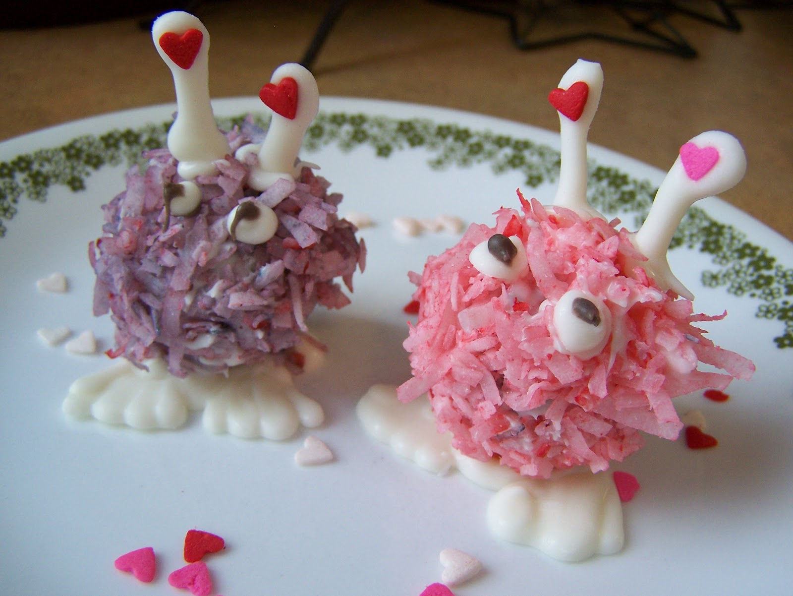 valentine s day here s the adorably cute pain in the neck cake balls ...