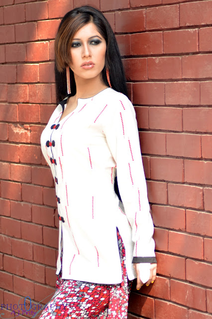 Model Nayla Nayem Sexy Biography and Picture