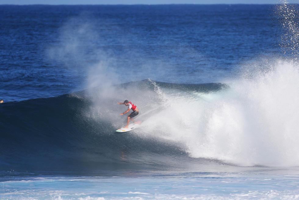 24 Adriano de Souza BRA Billabong Pipe Masters Fotos WSL Kelly Cestari