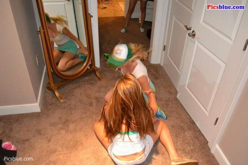 drunken party upskirts 14