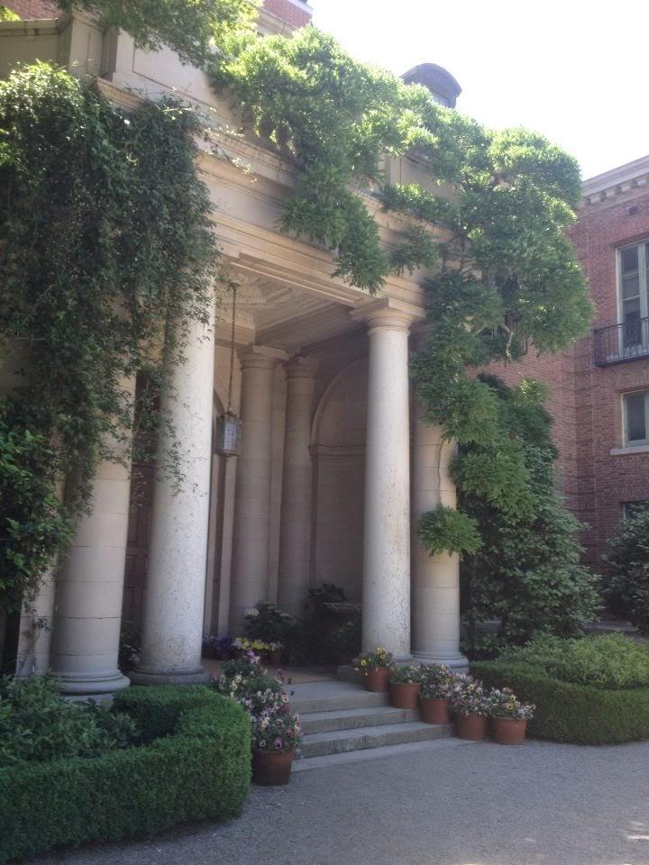 Mansion portico Filoli