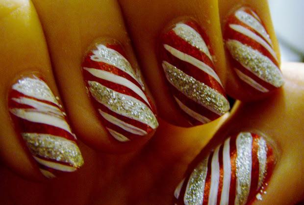 hocus.kocis holiday nails