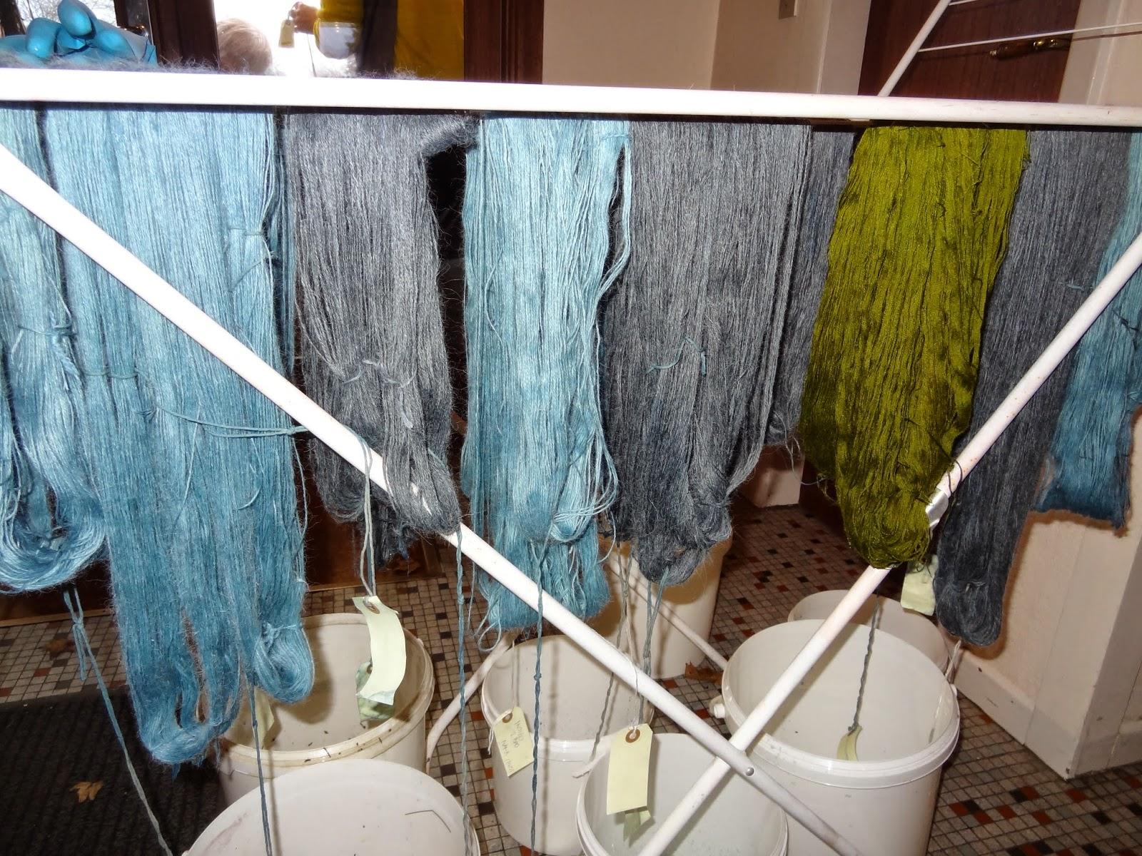 plantefarvning i sejling forsamlingshus.