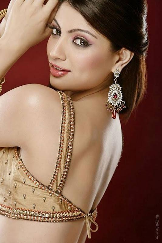 Glamour Model  Akanksha Photo Gallery glamour images