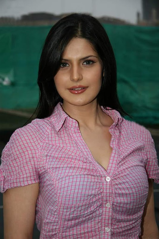Home Bollywood Gossips Zarine Khan