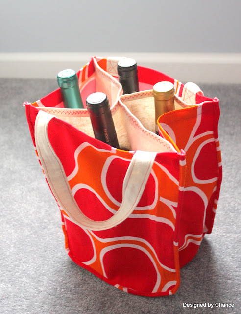 http://designedbychance.blogspot.co.nz/2012/12/diy-wine-tote-aka-booze-bag.html
