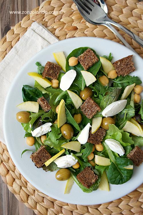 Insalata light con pane nero ceci e labneh recipe veggie salad