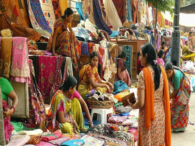 Sarojni Nagar Market
