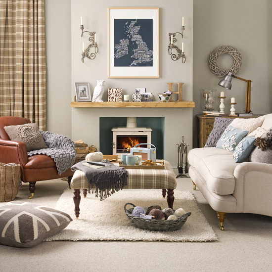 New home interior design collection of country living for Country family room decorating ideas