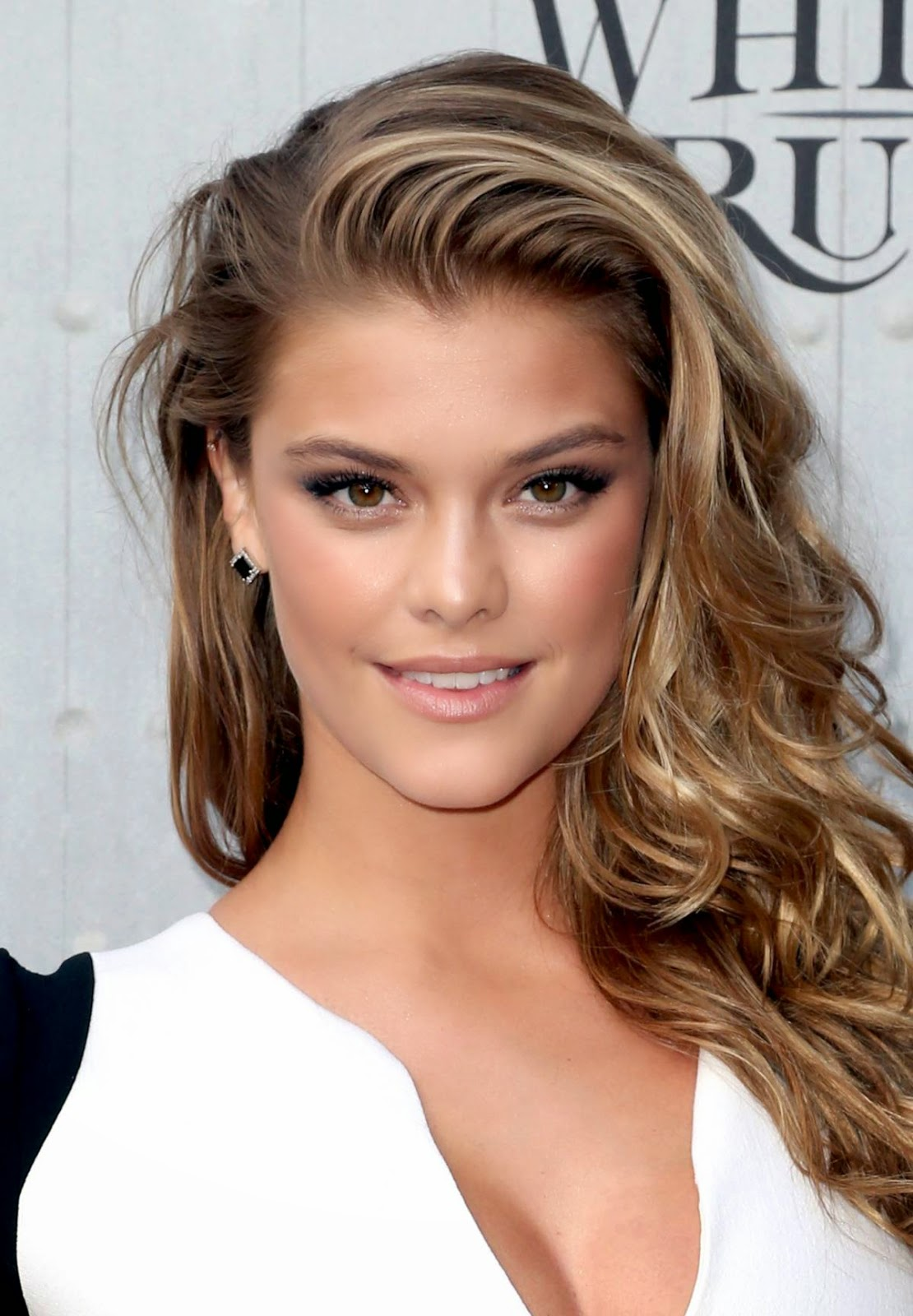 Nina Agdal - Hot Tight Drees in Spike TV's Guys Choice 2014 Awards
