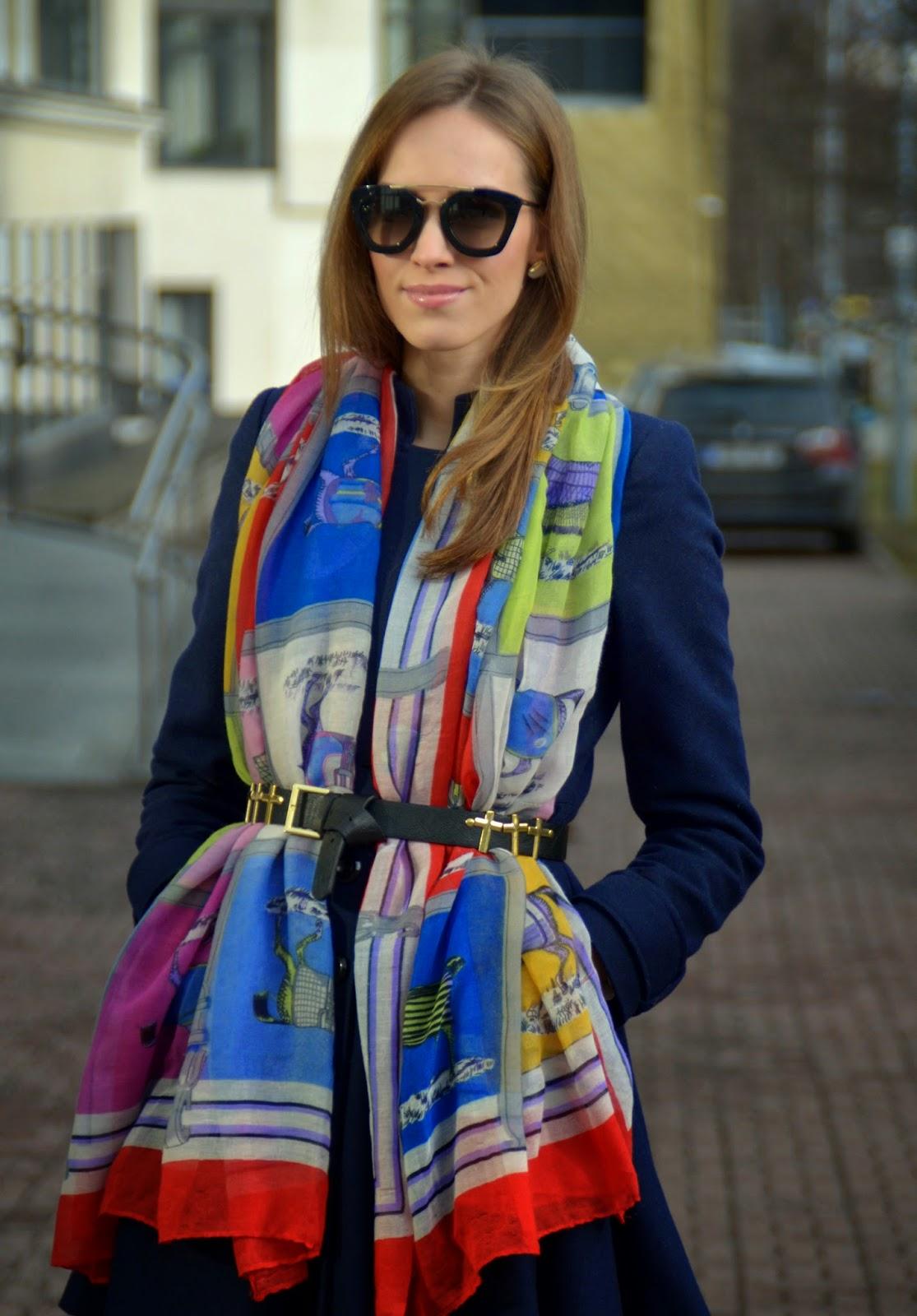 prada-sunglasses-oversized-scarf-coat-outfit kristjaana mere