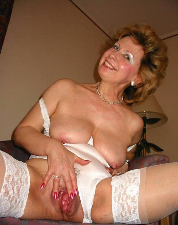 Magnificent Very old amateur grannies spread wide
